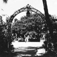 Royal Hawaiian Hotel Gate <br /> Kalakaua Avenue