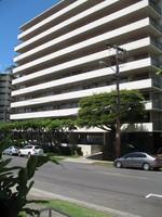 Oahuan Condo_1700 Makiki Street Edwin Bauer 1959 (3).JPG